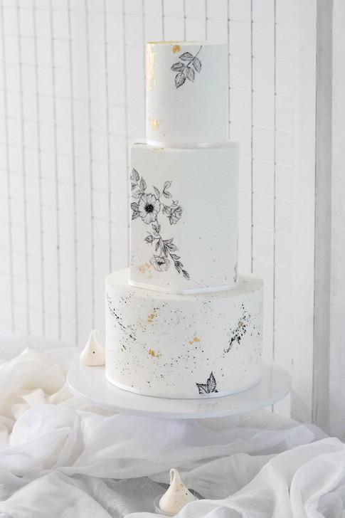 19-Cake-White-Green-Modern-Light-Airy-Fi