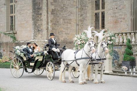 17_Regal_English_Wedding_Clearwell_Castl