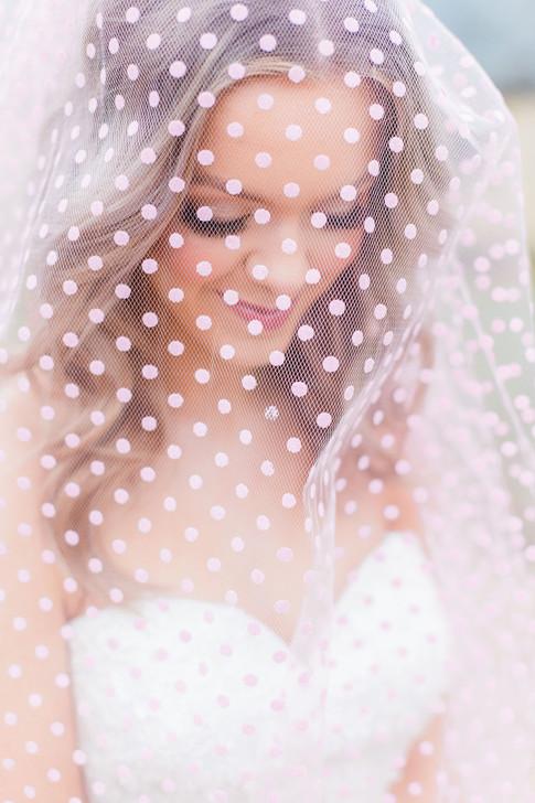 31-Bride-Dotty-Veil-Pink-Light-Airy-Fine