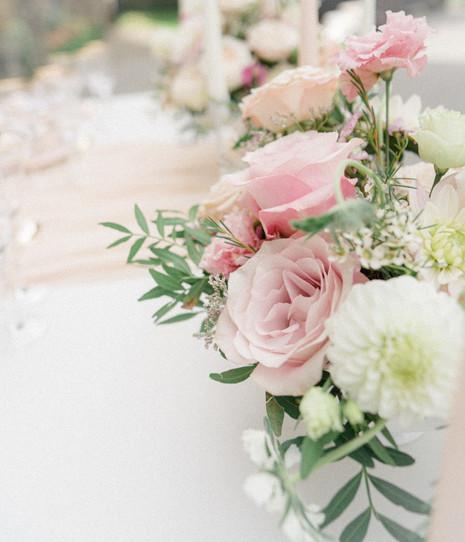 11_Regal_English_Wedding_Clearwell_Castl