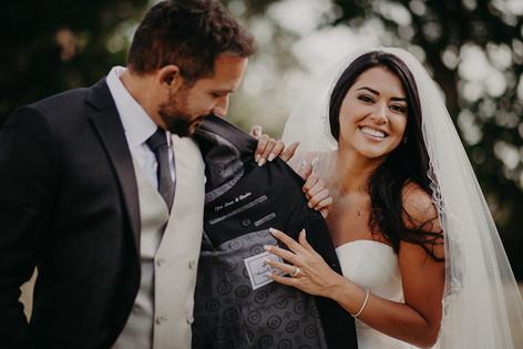 50_L&R_Wedding_Couple_Jacket_Detail-min.