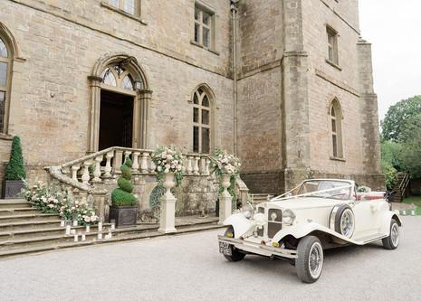 39_Regal_English_Wedding_Clearwell_Castl