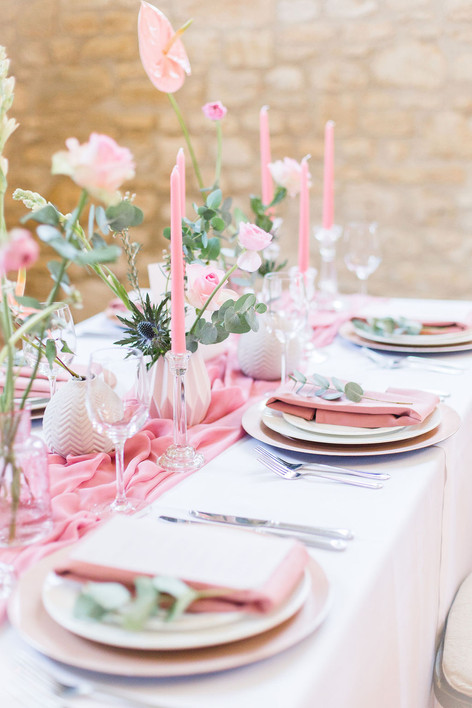 23-Dining-Table-Pink-Light-Airy-Fine-Art