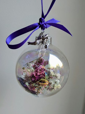 preserved_flowers_gift_blossoms_to_baubles