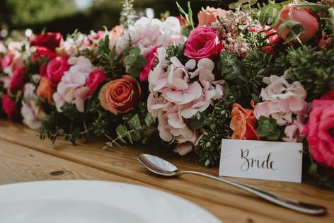 30_L&R_Wedding_Reception_Flowers_Close_U