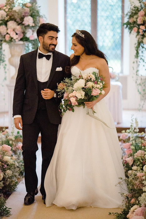 30_Regal_English_Wedding_Clearwell_Castl