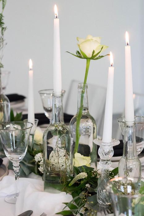 24.5-Table-Bottles-Foliage-White-Green-M