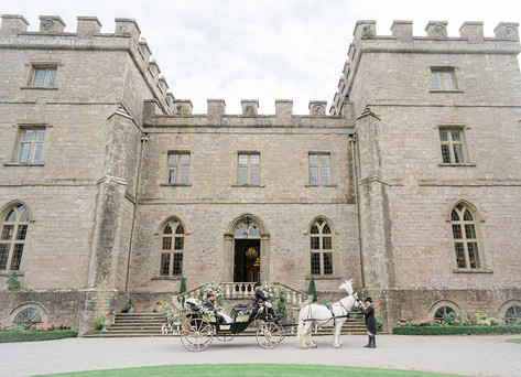 16_Regal_English_Wedding_Clearwell_Castl
