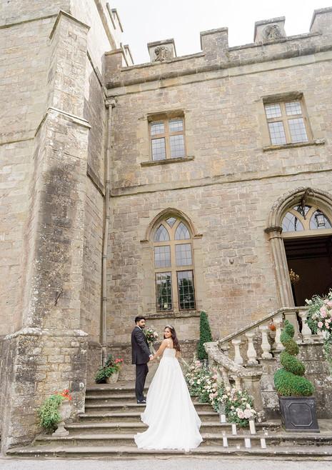 24_Regal_English_Wedding_Clearwell_Castl