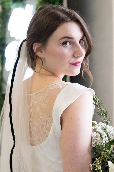 6-Bride-Veil-White-Green-Modern-Light-Ai