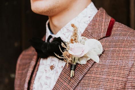 14.5-Groom-Buttonhole-Boho-Modern-Gothic