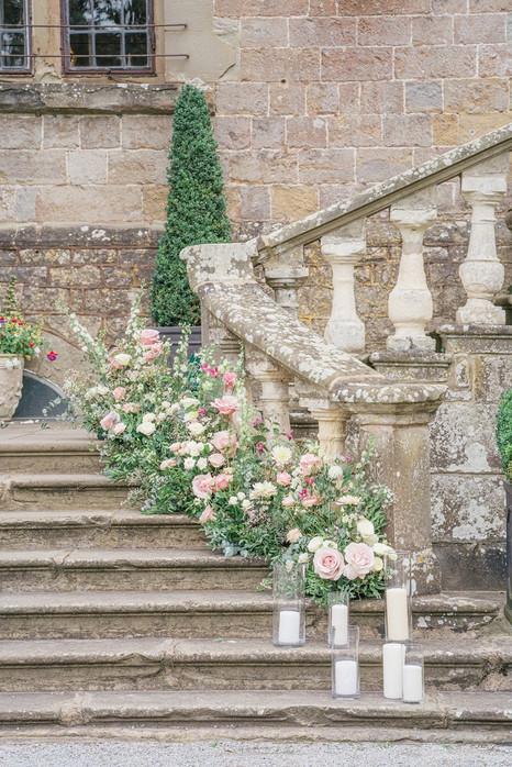 7_Regal_English_Wedding_Clearwell_Castle