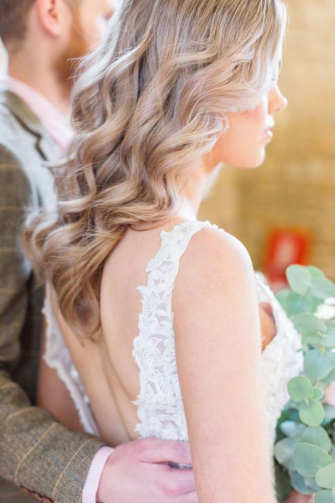 16-Bride-Dress-Detail-Pink-Light-Airy-Fi