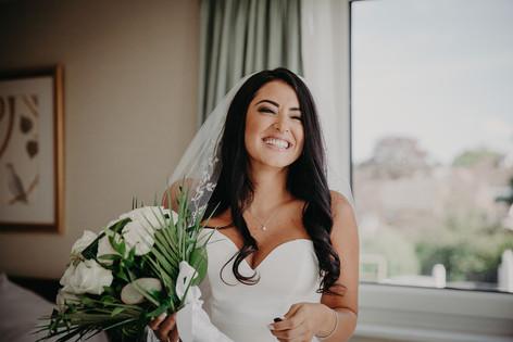 10_L&R_Wedding_Bride_Ready_Happy-min.jpg