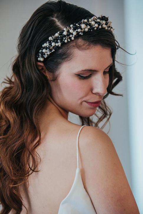 9-Bride-Headband-Black-White-Green-Moder