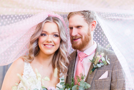 19-Bride-Groom-Veil-Pink-Light-Airy-Fine