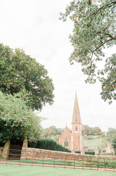1.75_Regal_English_Wedding_Clearwell_Cas