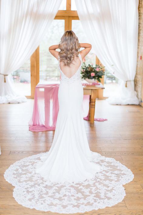 11-Bride-Lace-Dress-Train-Pink-Light-Air