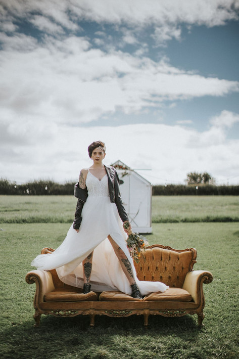 31_Cotswolds_Wedding_Country_Edgy_Bride_