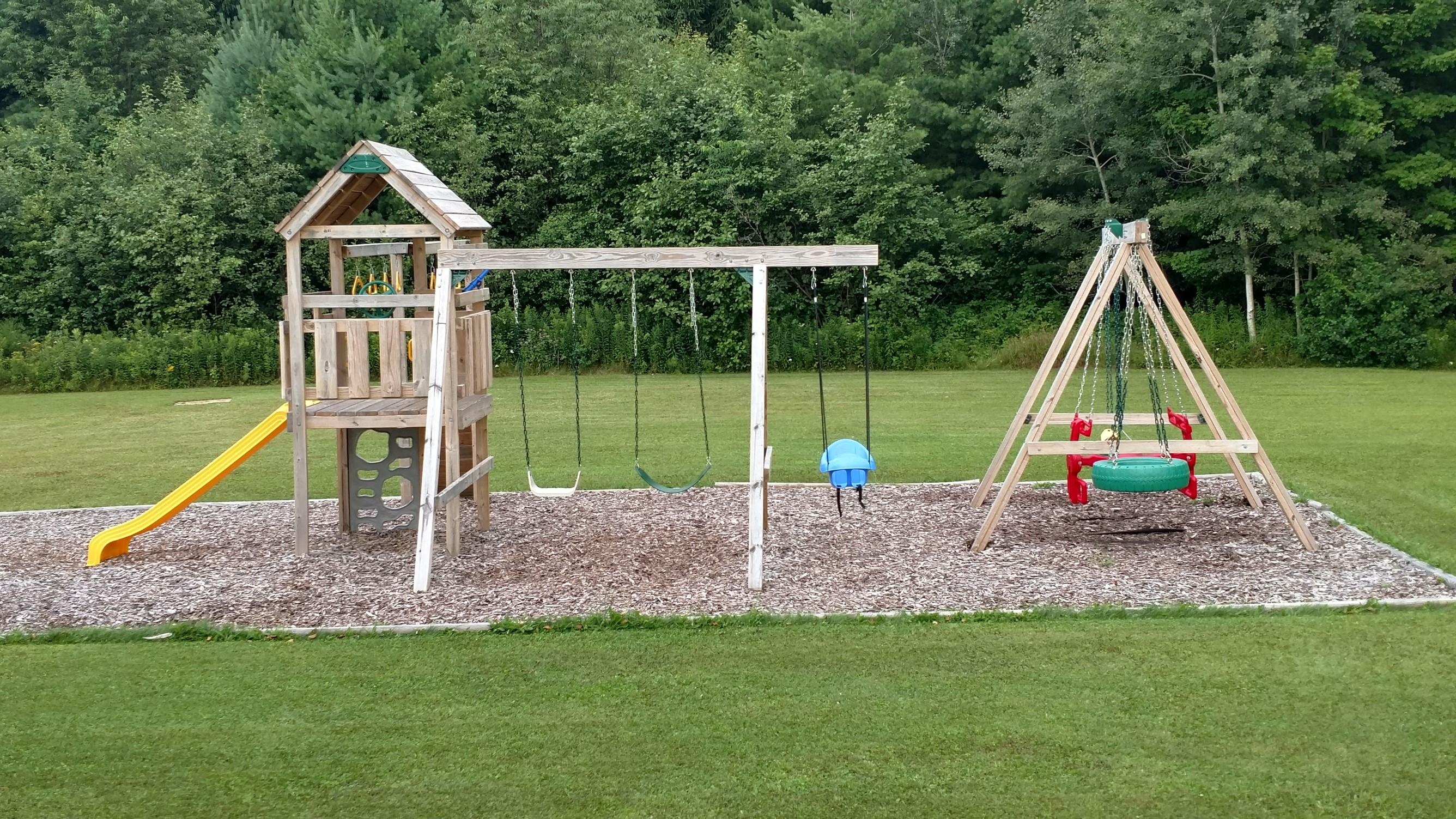 Playground (2672 x 1503)