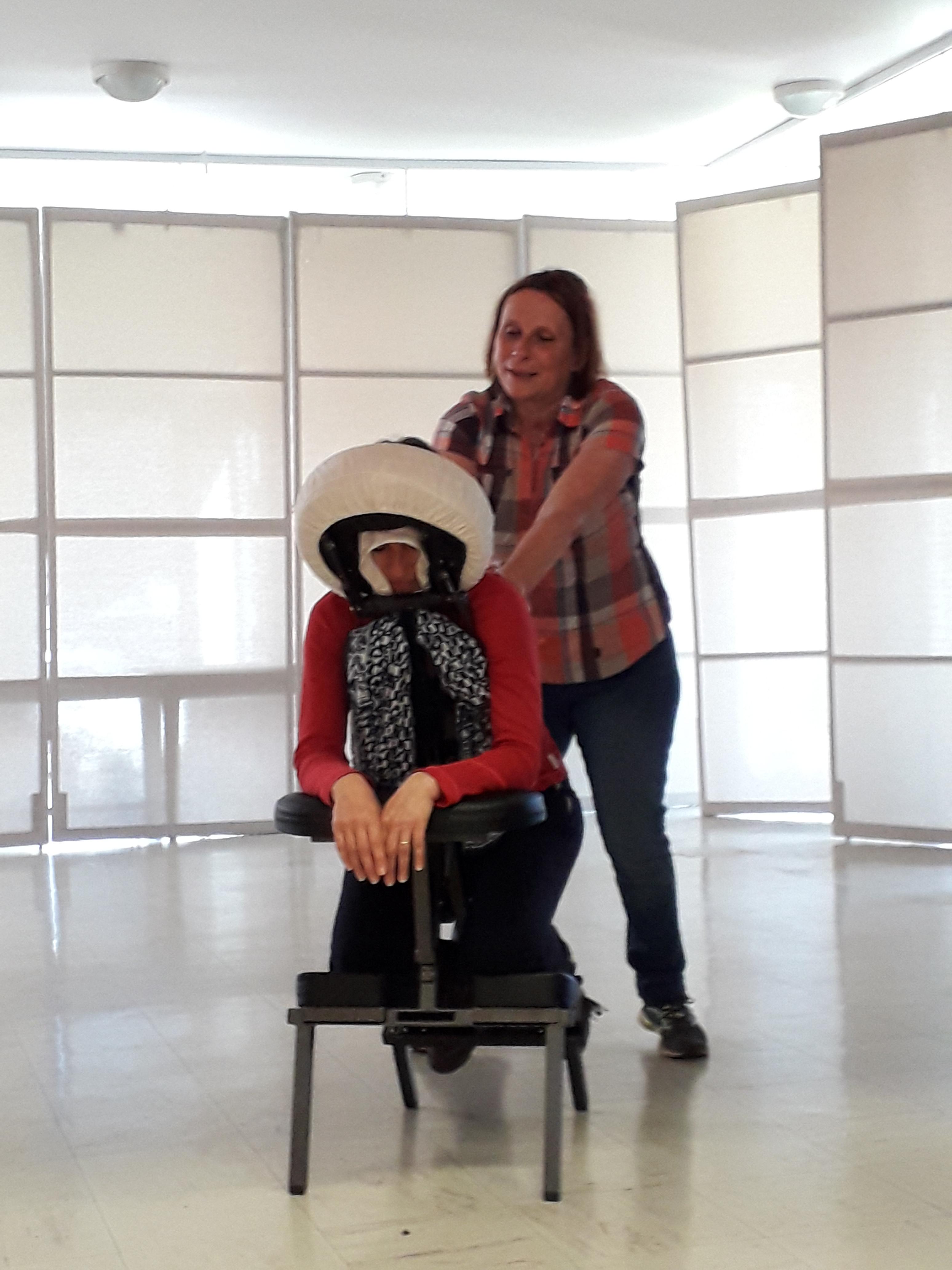 Massage assis 12 mn