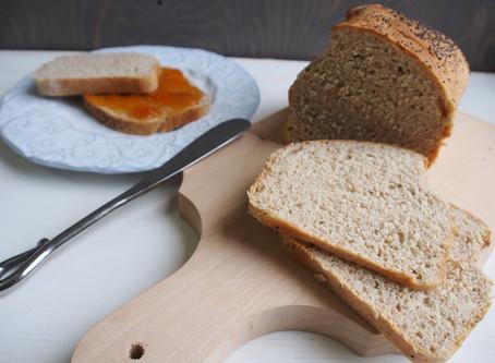 Pane in cassetta con farina integrale di farro