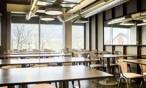 Classroom_Colindale695-HDR.jpg