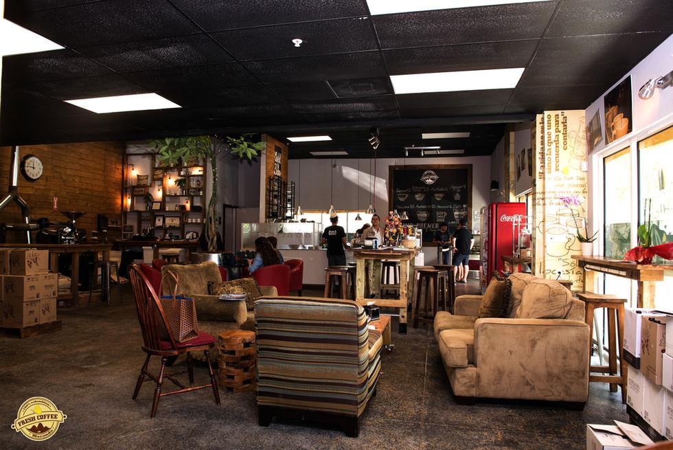 Macondo Shop 3.jpg