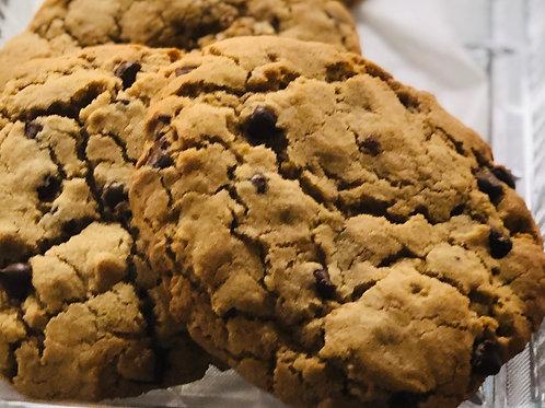 Vegan/Gluten-Free Jumbo Chocolate Chip Cookie