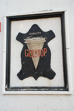 Goldtop Sign