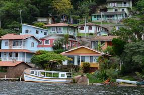 Casas na Costa da Lagoa