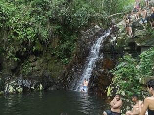 Como chegar na trilha do Poção, cachoeira em Florianópolis