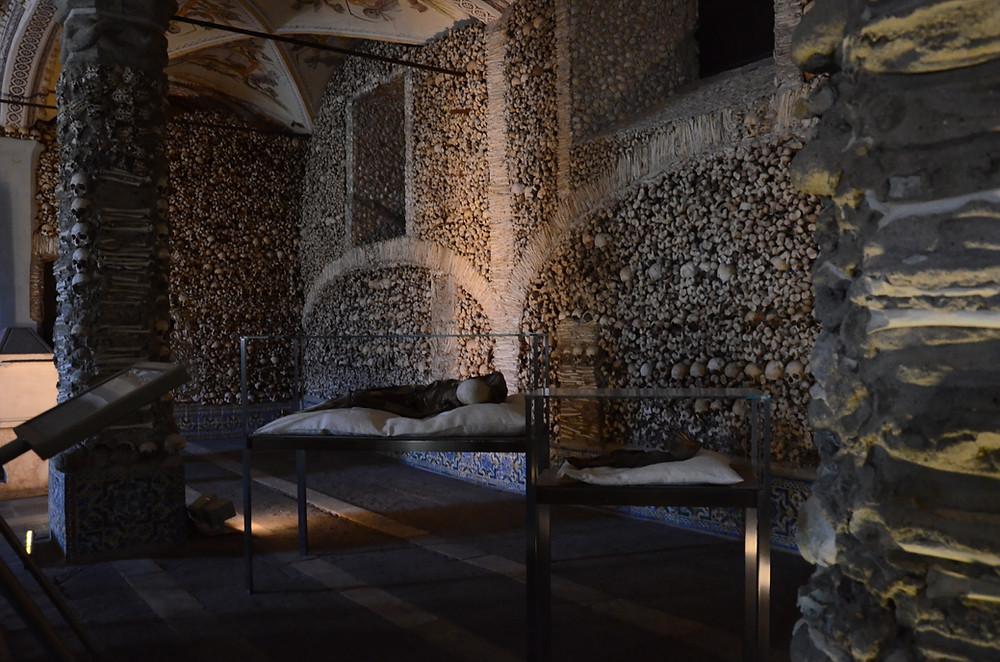 capela dos ossos evora