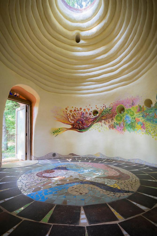 【 建築写真家鯉谷 ヨシヒロ (Yoshihiro Koitani)× 土芸のおとぎ空間 でコラボしました!! 】