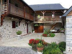 vends moulin à eau France .