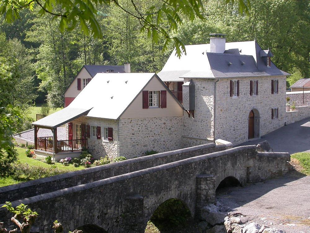 Moulin_à_eau_à_vendre.jpg