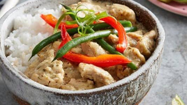 TAKEAWAY THAI GREEN CHICKEN CURRY