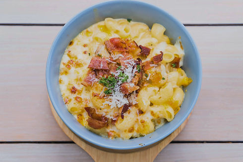 macaroni%20with%20cheese%20and%20bacon%2