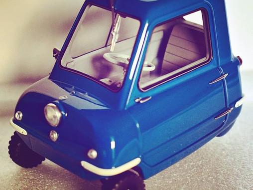 Minimal FOOTPRINT Car - PEEL P50