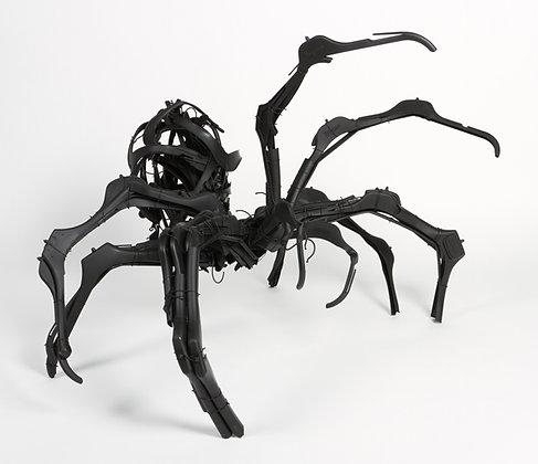 Mother spider (sculpture)