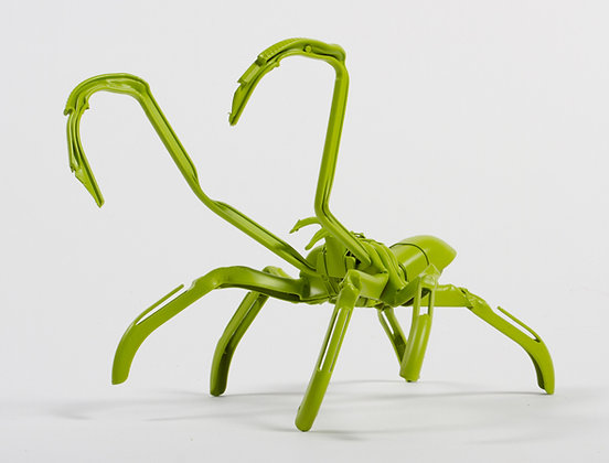 Manta spider (sculpture)