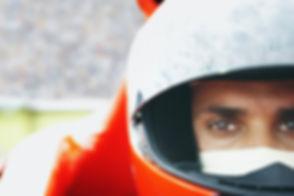 Pilote de voiture de course