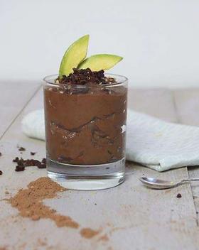 Raw cacao-avocadomousse