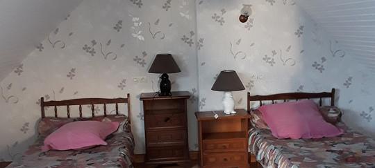 chambre 2 lits etage ti bian.jpg