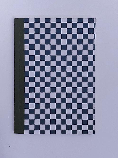 Carnet Daiso - carrés bleus