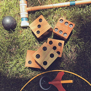 FATHER-IN-SAW's wooden yard dice