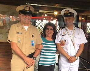 En el Parque Jaime Duque, los colombianos abordan buques de la Armada Nacional