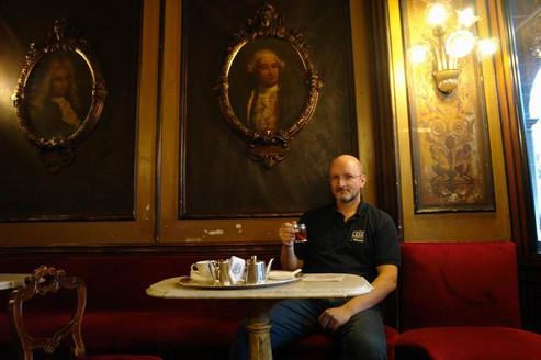 """Репетитор по английскому в кафе """"Флориан"""", площадь Сан Марко."""
