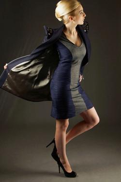 Granatowa marynarka i sukienka