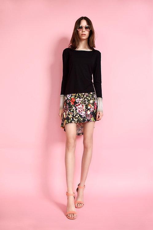 Sukienka czarno- kwiatowa